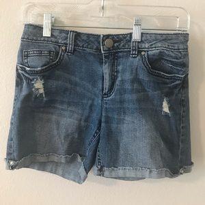 Women's Shorts: Size 4